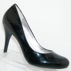 Jessica Simpson 'Oscar' black patent heel 8B